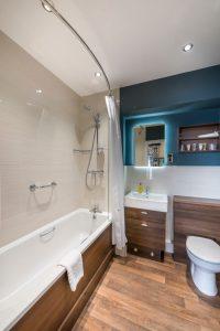 Deluxe double bedroom bathroom