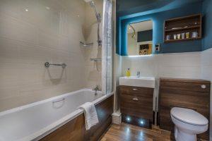 Golden Fleece Superior Double Alternate Bathroom