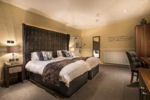 Superior twin bedroom 2
